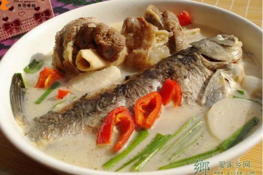 徽州名菜-鱼咬羊